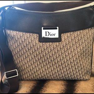🔥$350 FINAL NOW🔥DIOR Diorissimo Crossbody Bag